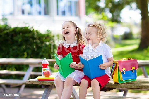 istock Children going back to school, year start 1009591862
