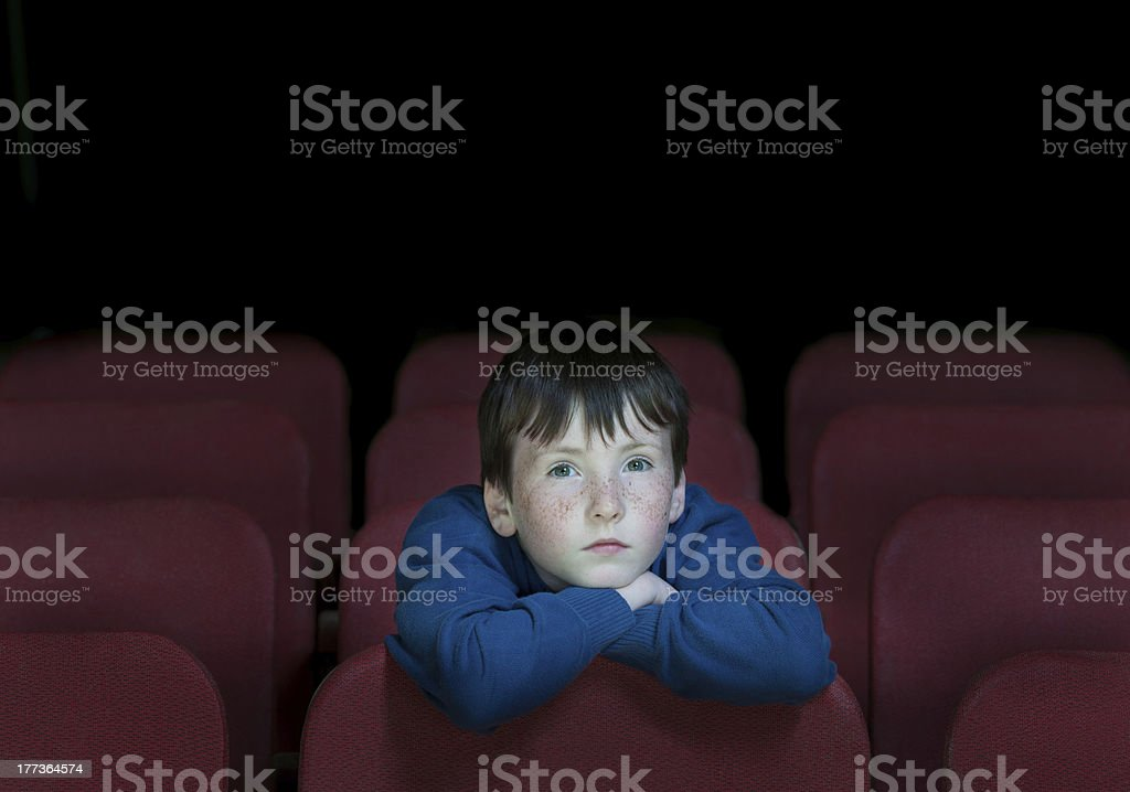 Kinder in retro-Kino – Foto