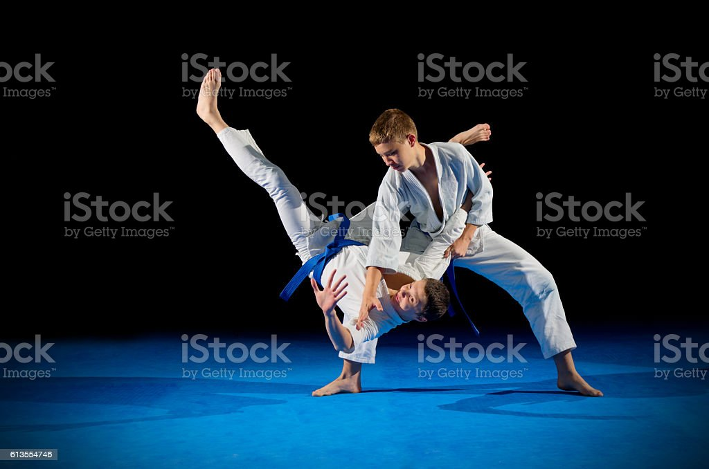 Children martial arts fighters – Foto