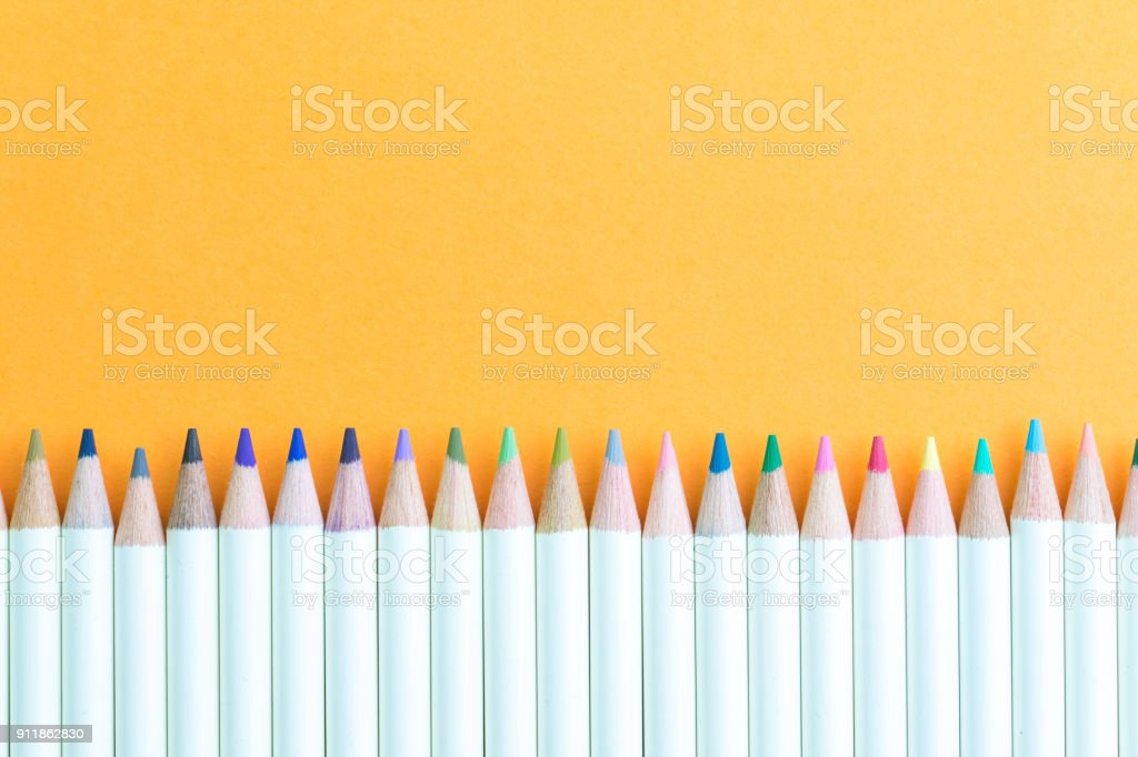 Coloriage Adulte Materiel.Photo De Stock De Enfants Ou Adultes Colorier Materiel Pastel