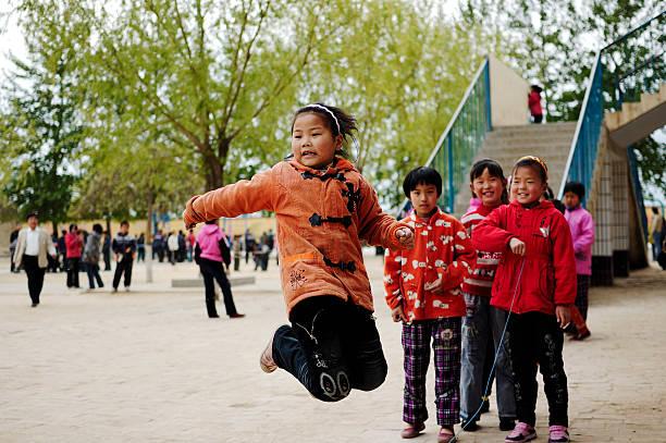 Kinder spielen – Foto