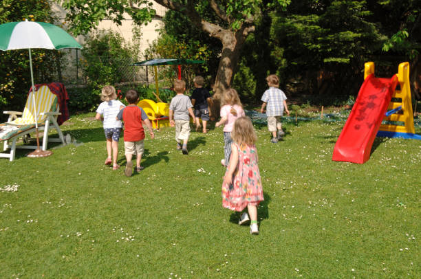 children's birthday party#4 - vorschulgeburtstag stock-fotos und bilder