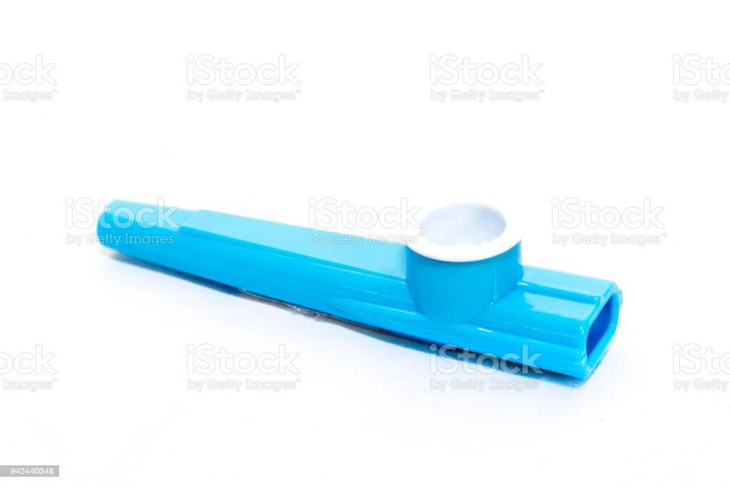 Kinder Blau Kunststoff Kazoo Auf Weißem Hintergrund Stock-Fotografie ...
