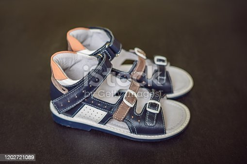 istock children's orthopedic shoes. Thomas Heel, arch support 1202721089