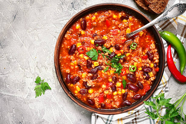 chili con carne - traditional dish of mexican cuisine.top view. - chilli stock-fotos und bilder