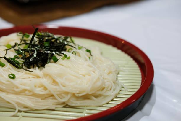 gekühlte kalt Somen Nudeln. Japanisches Essen – Foto