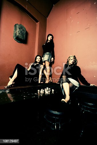 istock chillout bar 108129497