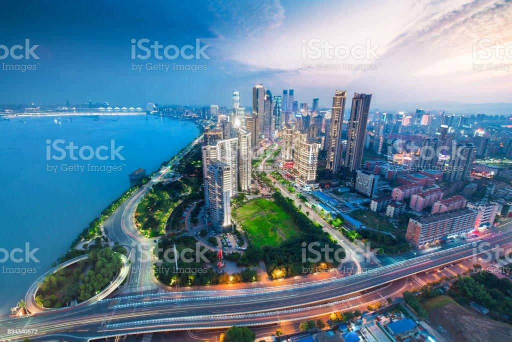 China ' s Stadt Shenzhen in der Nacht – Foto