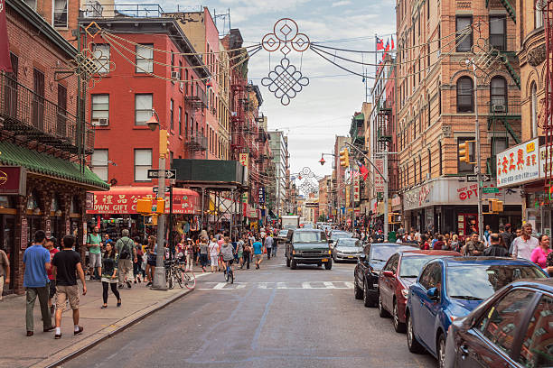 chinatown, manhattan, new york city - chinatown stockfoto's en -beelden