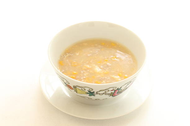 chinese food corn soup - huhn maissuppe stock-fotos und bilder