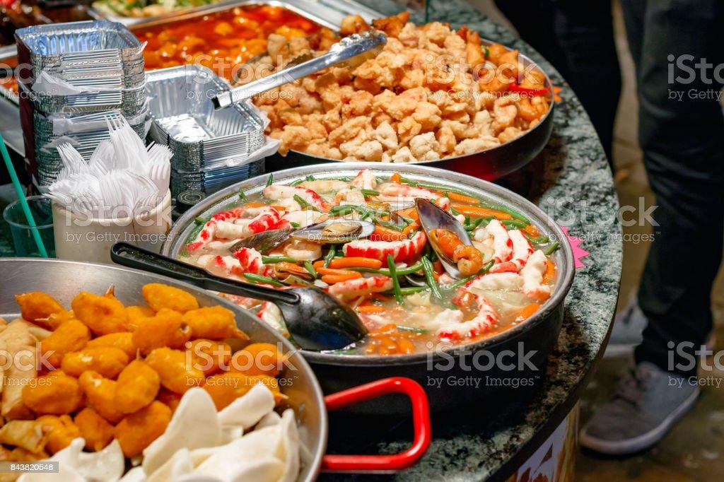 Photo Libre De Droit De Cuisine Chinoise Sur Ecran Pour Plats A