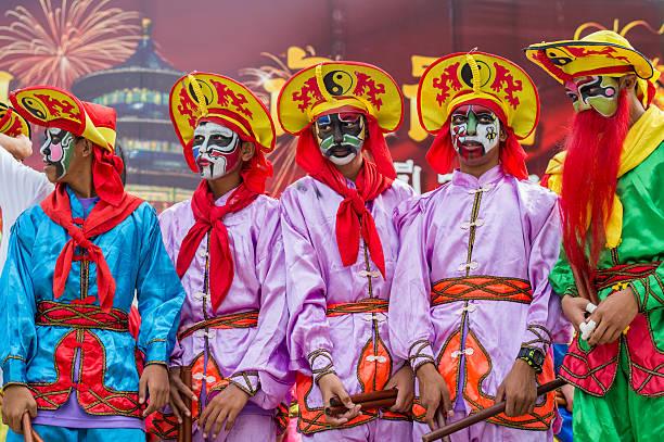 célébration du nouvel an chinois de thaïlande - année du mouton photos et images de collection