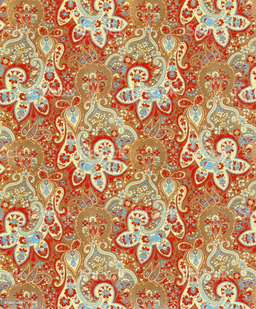 Tecido brocado de seda chinesa em um padrão de Cachemira ornamentado - foto de acervo