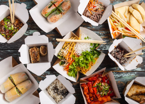 chinese take away boxes - food delivery imagens e fotografias de stock