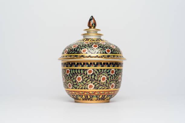 chinese traditional ceramic crockery with flowers ornament, isolated background front view - porzellan schmuck stock-fotos und bilder