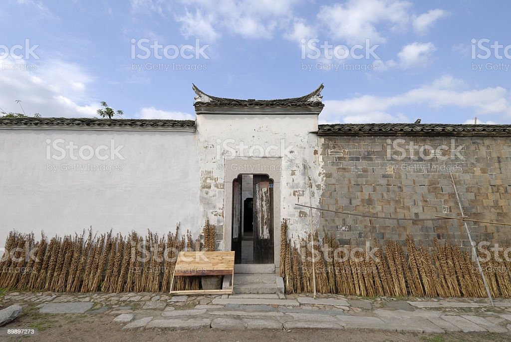 chinese traditional house in the country royalty free stockfoto