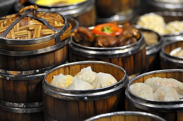 chinese traditional snack - knödel kochen stock-fotos und bilder