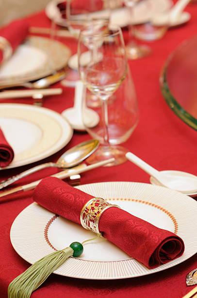 Chinese wedding table set Chinese wedding banquet table setting chinese wedding dinner stock pictures, royalty-free photos & images