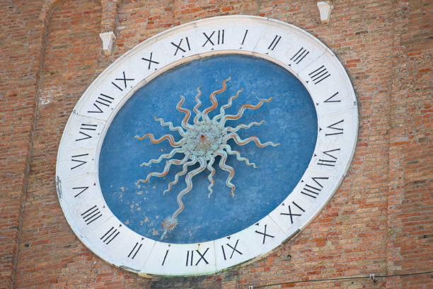 Chioggia. Italien. Mysterien Uhr. Der älteste Turm der Welt. im Glockenturm von Sant'Andrea – Foto
