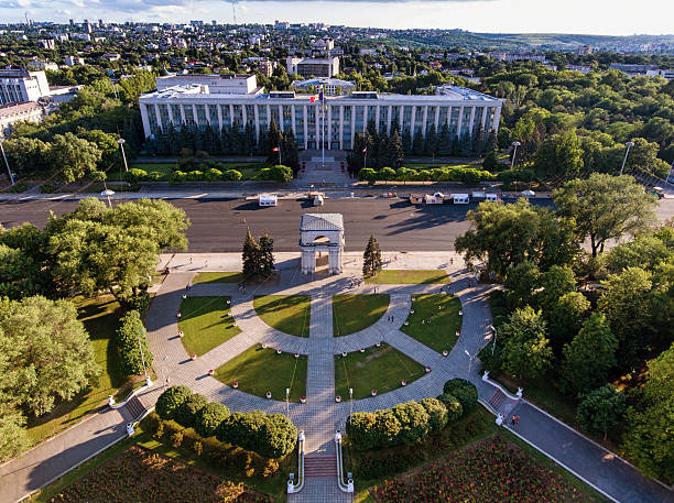 chisinau, the triumphal arch, the great national assembly square - moldova stock pictures, royalty-free photos & images