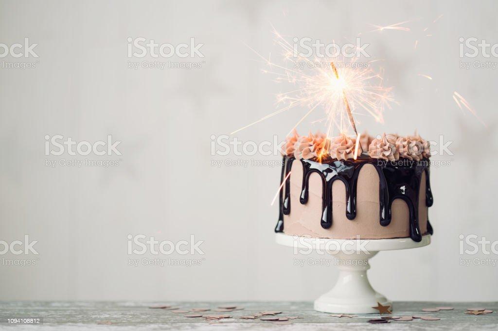 Çikolatalı Doğum günü pastası - Royalty-free Arka planlar Stok görsel