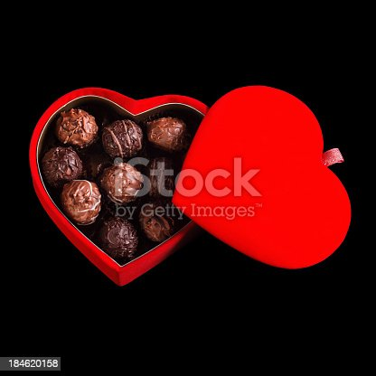 183269671 istock photo chocolate box 184620158