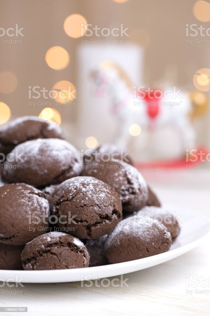 Chocolate Brownie Cookies In Powdered Sugarchocolate Cookies With