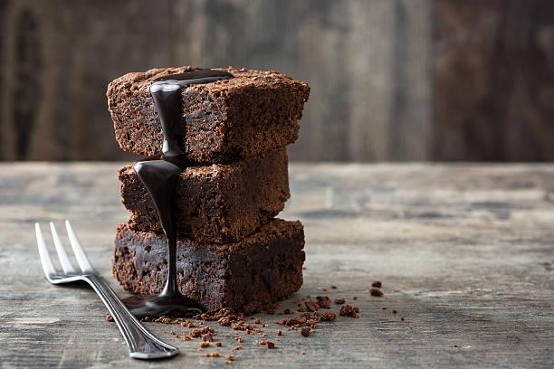 Chocolate brownie portions - foto stock