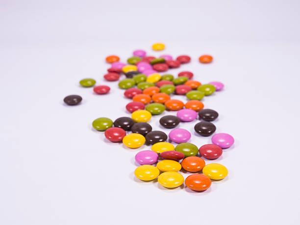 chocolate candy - serpilguler stok fotoğraflar ve resimler