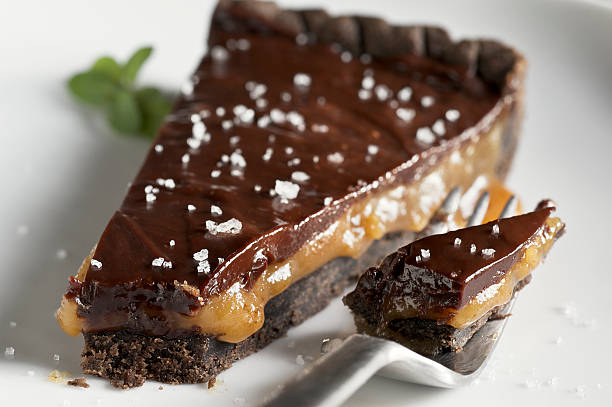Schokoladen-Karamell-Tarte mit Meersalz – Foto