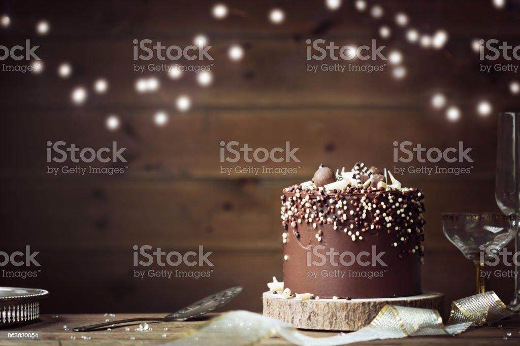 Bolo de chocolate da celebração - foto de acervo