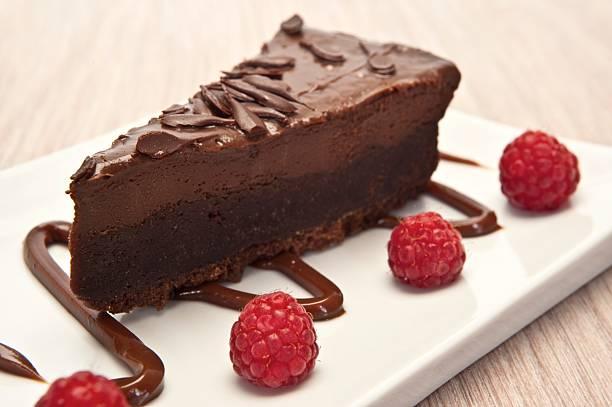 schokoladen-cheesecake - schokoladen käsekuchen törtchen stock-fotos und bilder