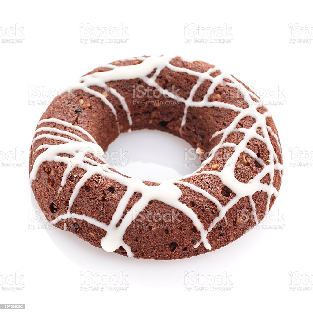 cookie quente com pedaços de chocolate isolada no fundo branco foto royalty-free