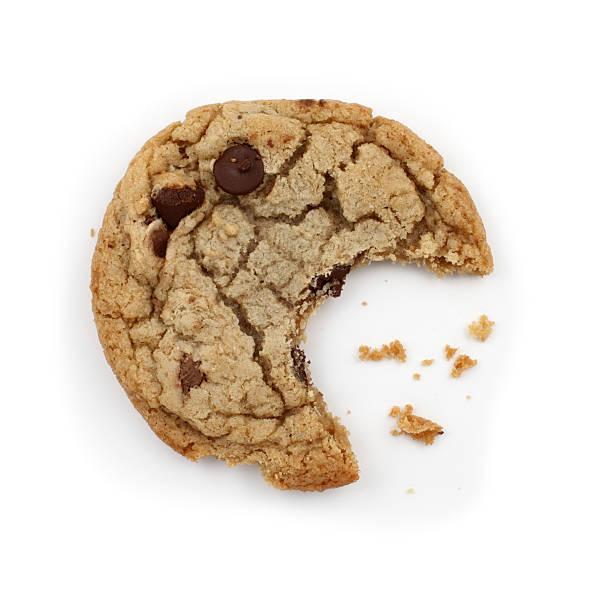 biscotto con gocce di cioccolato - briciola foto e immagini stock