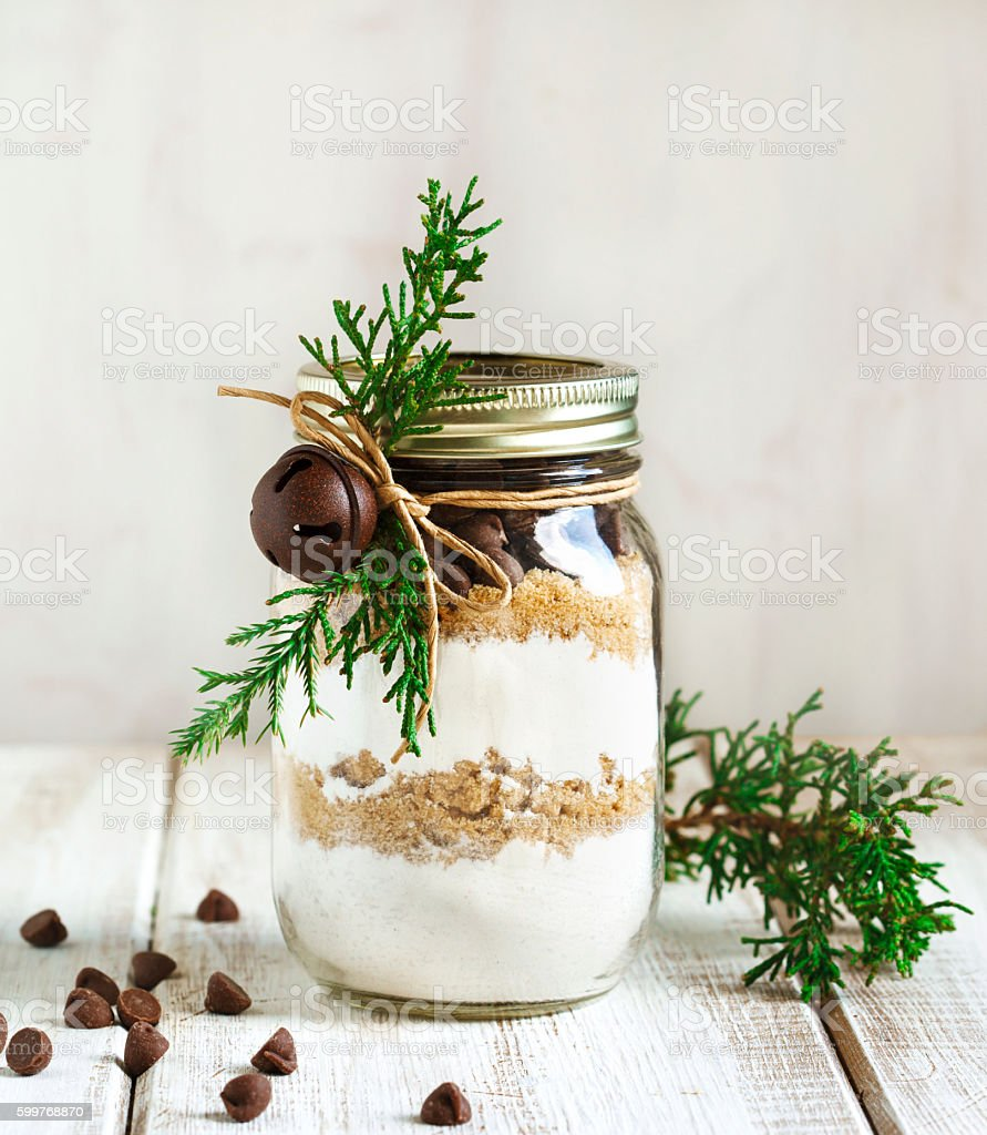 Chocolate chips cookie mix for Christmas gift - foto de acervo