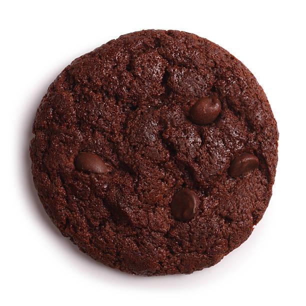 schoko cookies, isoliert clipping path - schokoladenplätzchen stock-fotos und bilder