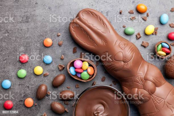 Chocolate easter bunny and eggs on rustic background picture id653112934?b=1&k=6&m=653112934&s=612x612&h=c3xklyh4joex1p0ymtcfuox8coz0wsdmqgdrz76uc i=