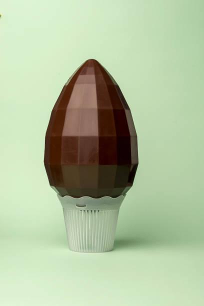 chocolate easter egg diamond - foto stock