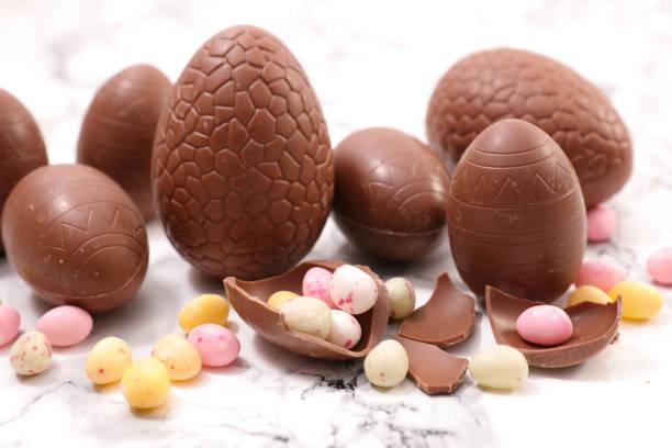 초콜릿 부활제 알류  - 부활절 달걀 뉴스 사진 이미지