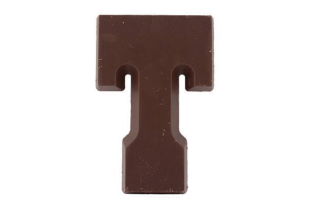 schokolade buchstabe t - t stock-fotos und bilder
