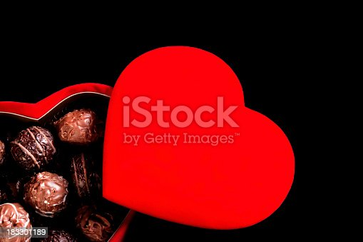 183269671 istock photo chocolate love 183301189