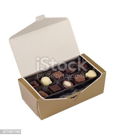 183269671istockphoto Chocolate 521997186