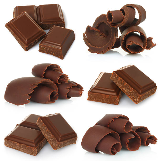 Chocolate shavings with pieces of chocolate bar set – Foto