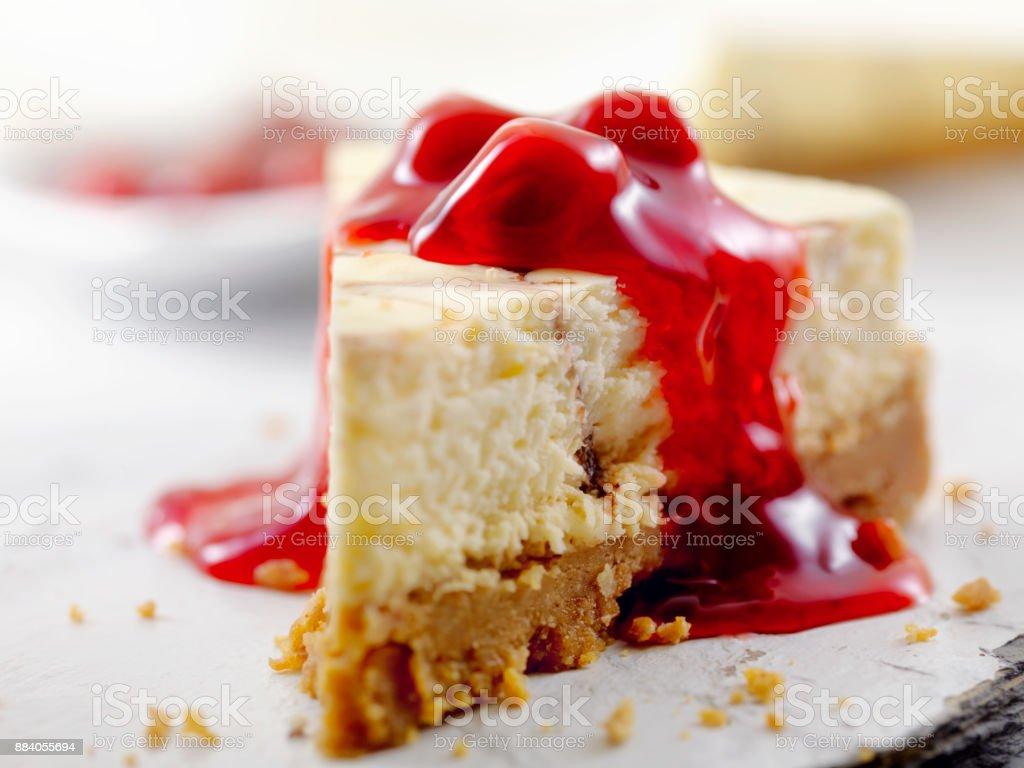 Chocolate Swirl Cheesecake with Cherry Topping - Royalty-free Alimentação Não-saudável Foto de stock