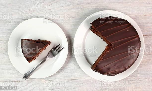 Schokoladentortesachertorte Stockfoto und mehr Bilder von Aprikose