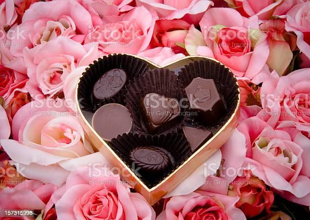 Chocolate truffles valentines day candy heart shape gift box roses picture id157315998?b=1&k=6&m=157315998&s=612x612&h=9mzqto3ogqro 83tkzjfnvsdqh6i1sob xv3qlcwbou=
