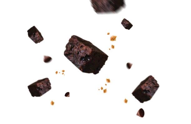 choklad med falla sönder falla urklippsbana - brownie bildbanksfoton och bilder