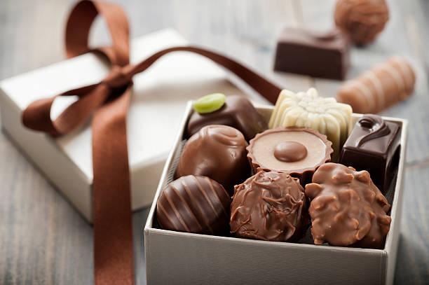 chocolates - chocolate - fotografias e filmes do acervo