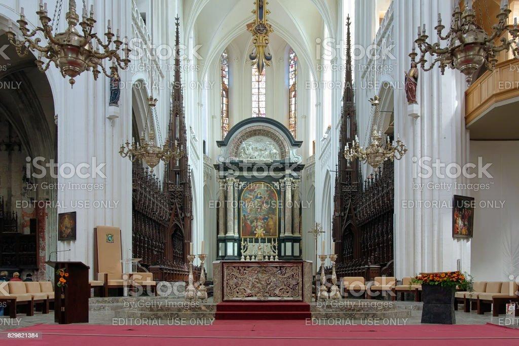 Chœur et le maître-autel de la cathédrale Notre-Dame à Anvers, Belgique - Photo