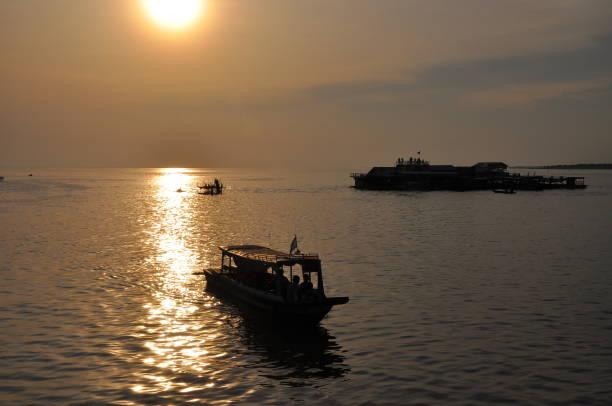 Chong Kneas Floating Village, Siem Reap, Kambodscha – Foto
